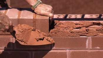 этапы строительства дома из кирпича